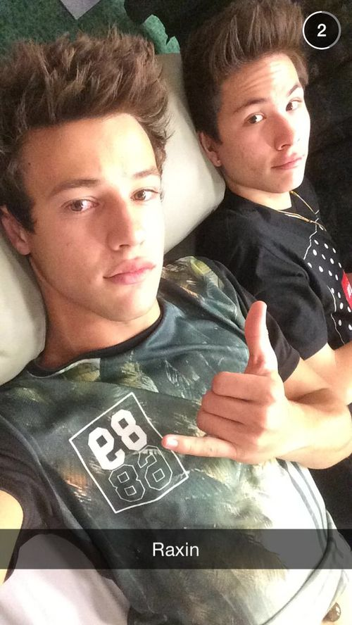 #magcon -  #shawn mendes  taylor caniff