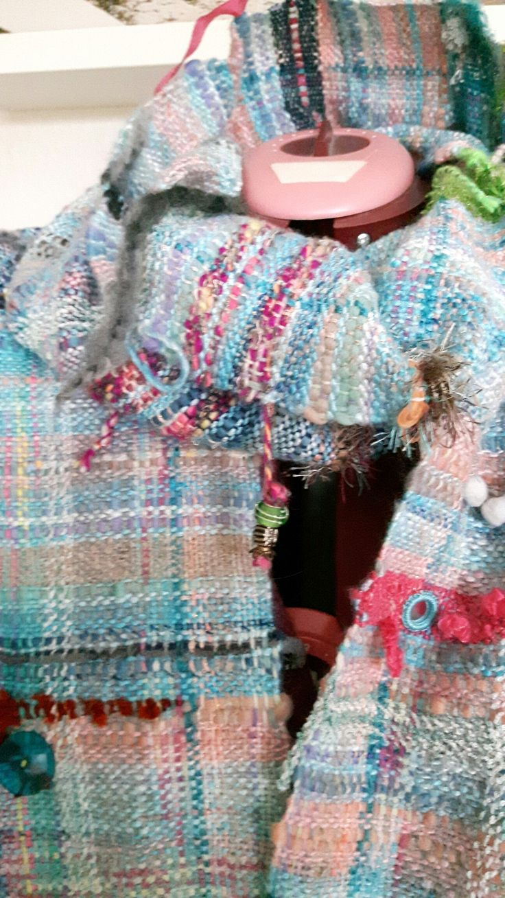 #Sari scarf #Handwoven .