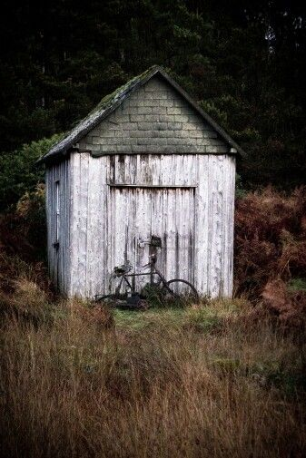 Arne Olivier Fotografie : Left my bike in Scotland. A long time ago.