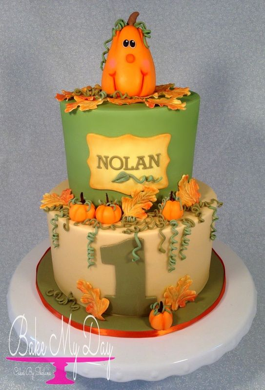 Autumn / Fall themed little pumpkin birthday cake.