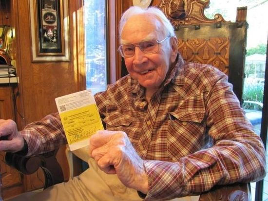 Daily Kos: 90 Year Old Legendary Speaker of the House Jim Wright Denied Texas Voter ID Card