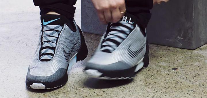 Назад в будущее. Nike начинает продажи кроссовок, которые умеют сами завязывать шнурки - http://pixel.in.ua/archives/23372