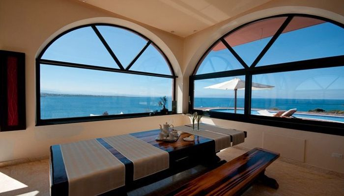 Villa Kirki, Tersanas, Chania: Dining while gazing the blue sea of Kalathas bay, Chania View more & make a reservation: http://www.mysunnyescapes.com/svilla.php?id=1