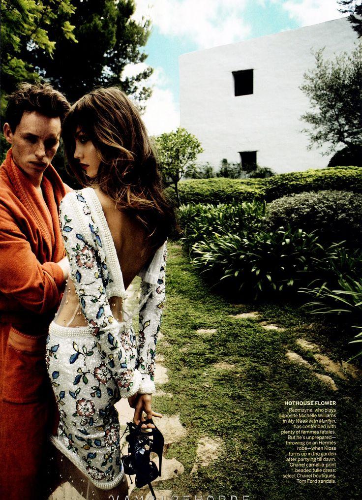 Smartologie: Karlie Kloss for Vogue US December 2011 (by Mario Testino)