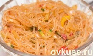 """11 вариантов салата """"фунчоза"""" - Простые рецепты Овкусе.ру"""