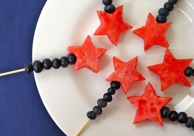 estrela de melancia e mirtilos