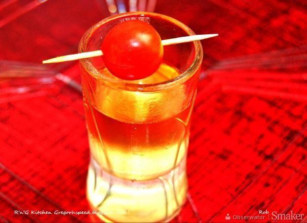 Newsy na Smaker.pl: 12 pomysłów na wyjątkowe, sylwestrowe drinki