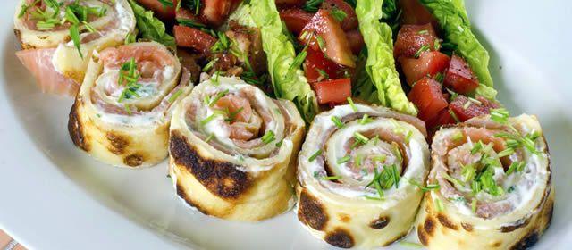WRAP DE SALMÃO COM QUEIJO - Os Wraps são mesmo sanduíches enrolados em massa de pão bem fina, que estão se popularizando aqui no Brasil, em versões leves mas sem abrir mão do sabor que a degustação de um sanduíche pode proporcionar