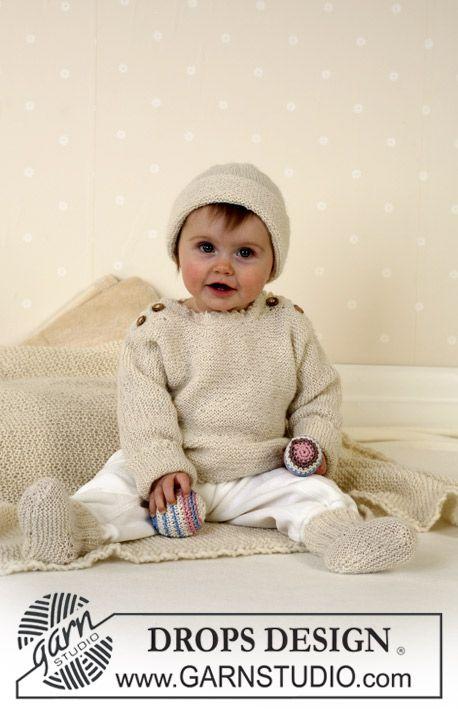 DROPS tröja, mössa, sockor, boll, skallra och filt. ~ DROPS Design