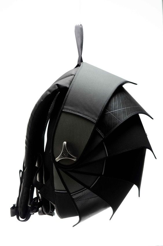 Cyclus Pangolin Backpack -  backpack for evil villains transporting secret documents.