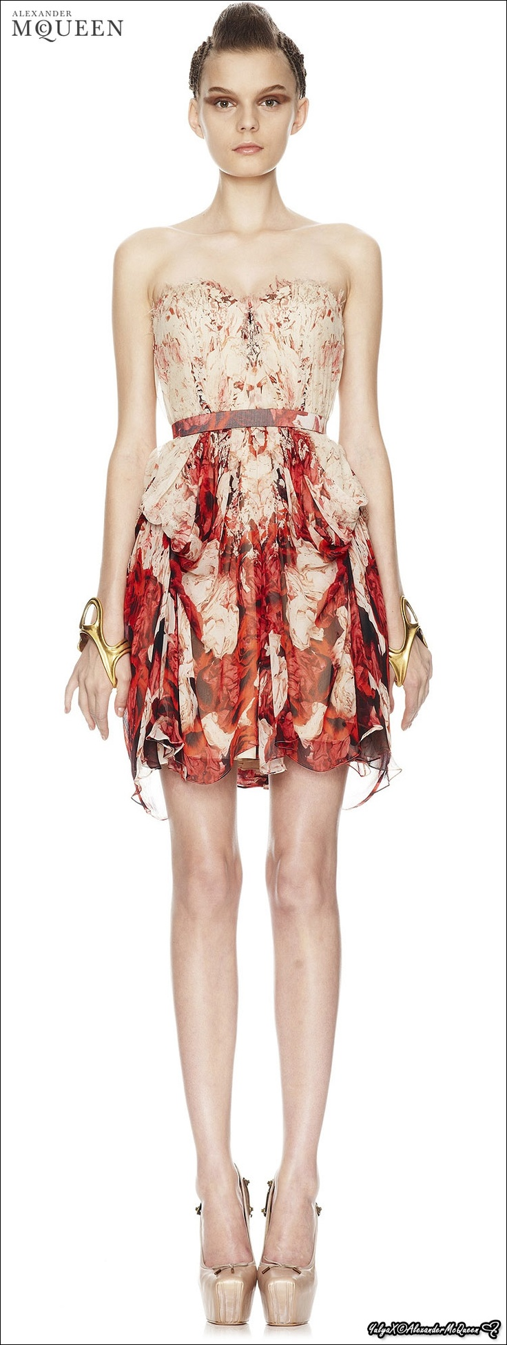 Alexander Mcqueen Spring 2010 Lookbook 06 Yulia Leontieva Red Flesh Pinterest Traje Y