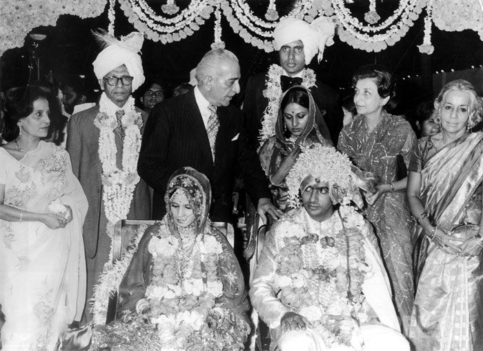 Amitabh With Family Members