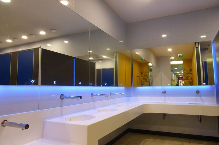 ALAVO System 600mm spacing, 3600mm wide, 6 wash stations with Tap, Soap and Dryer.