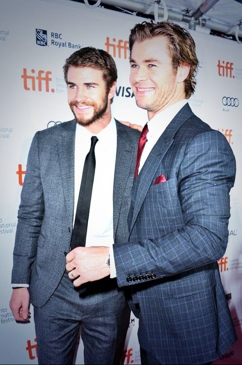 Chris & Liam Hermsworth - yes i'll marry you both