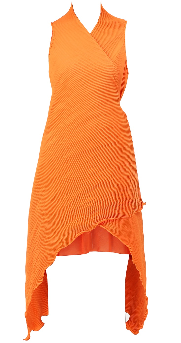 Orange pleated angrakha dress with jersey underlayer by KIRAN UTTAM GHOSH Shop at https://www.perniaspopupshop.com/whats-new/kiran-uttam-ghosh-5