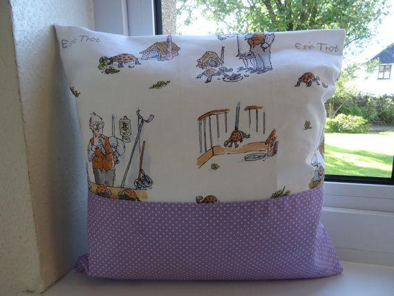 Esio Trot pocket pillow Esio Trot pocket cushion by SarahSewsIt