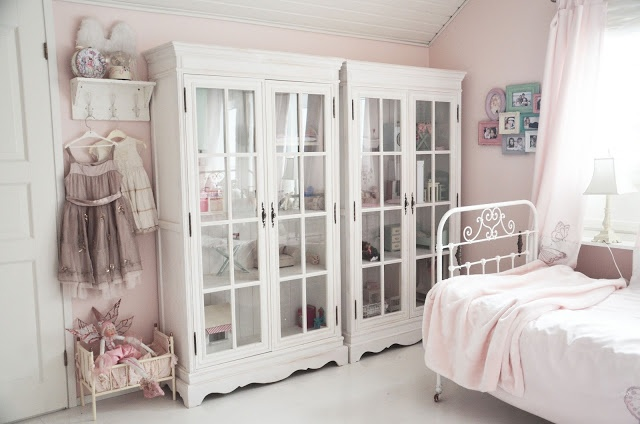 This is exactly what I want for my craft room!