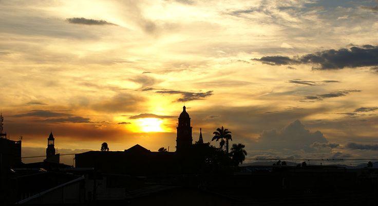 Mito de la creación de las nubes.  Palmira, Colombia.  Foto: Andrés Belalcázar.