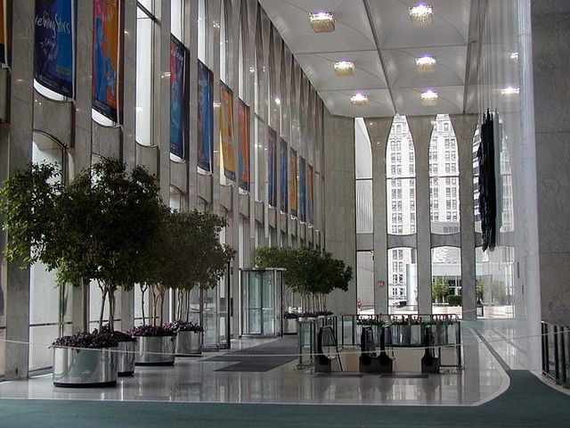 World Trade Center interior lobby | Inside the towers there … | Flickr