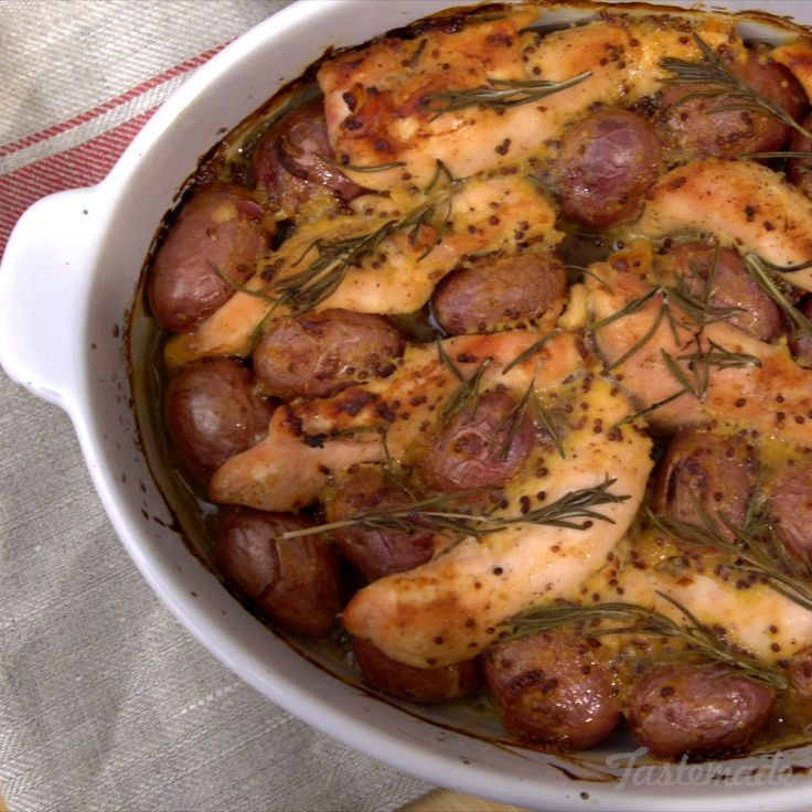 Oh honey, honey! Make this your new go-to chicken and potato bake.