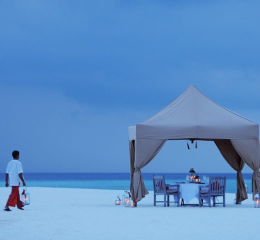 The Kanbili And Furana Wedding Packages At Cocoa Island By COMO Leave No Facet Of Your