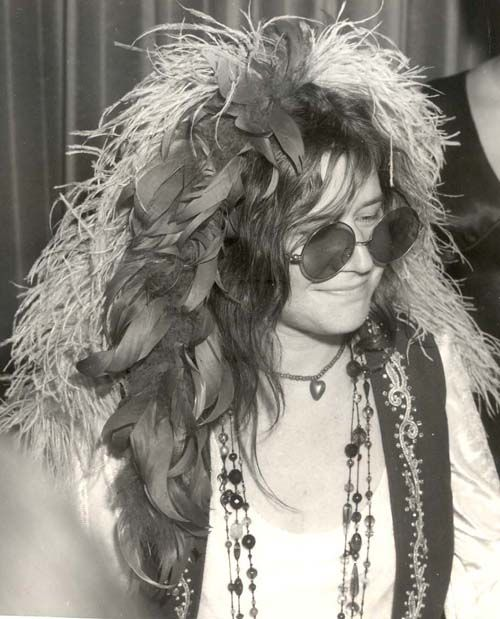 """a biography of janis joplin a music legend Janis joplin, (born january 19, 1943, port arthur, texas, us—died october 4,   in 1967 with a legendary performance highlighted by joplin's rendition of """"ball."""