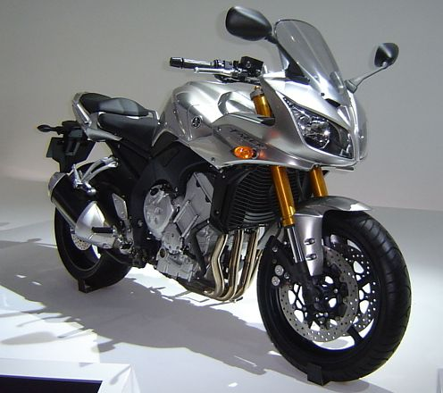 CLICK ON IMAGE TO DOWNLOAD 2001 Yamaha FZ1 Motorcycle Service Manual