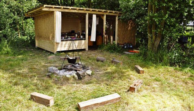 Propagátor přírodních zahrad Jaroslav Svoboda radí, jak na jednoduchou letní kuchyň.