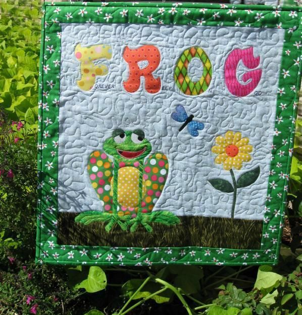 Frog Pond Rug: 1000+ Images About Frog Quilts On Pinterest