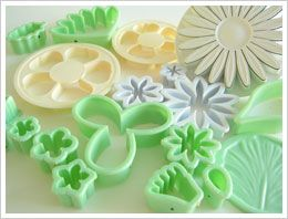 ALL ABOUT HONEYMOONS & DESTINATION WEDDINGS   Join our Facebook page!  https://www.facebook.com/AAHsf  Gum Paste Flowers