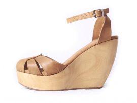 $64.99 Sandalias de cuero con punta cerrada de plataforma de madera