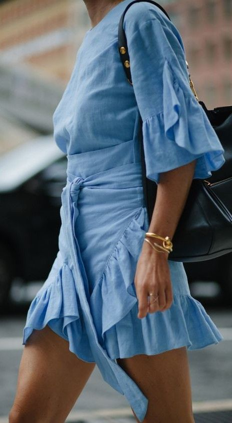 blue frill dress.