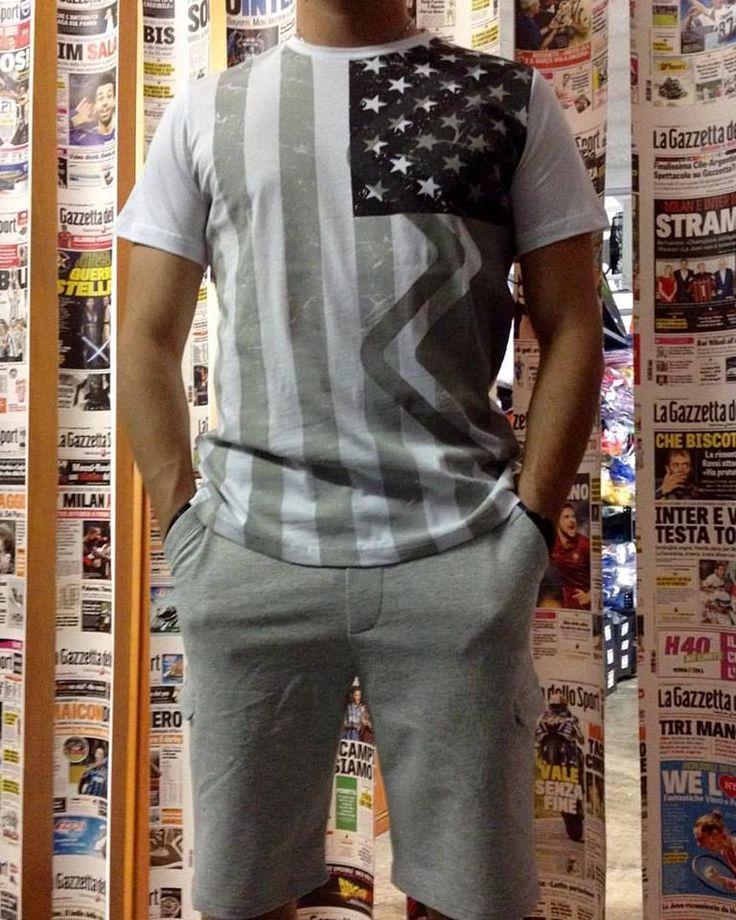 Abbiglimento ERREA' REPUBLIC #sportlyne #magazzinoRobbiati #nonsolocalcio #tempolibero #nuovacollezione #nuoviarrivi #casual #sportswear #errearepublic #essentialstyle #solodanoi #summertime #collezioneuomo #sport #abbigliamentosportivo