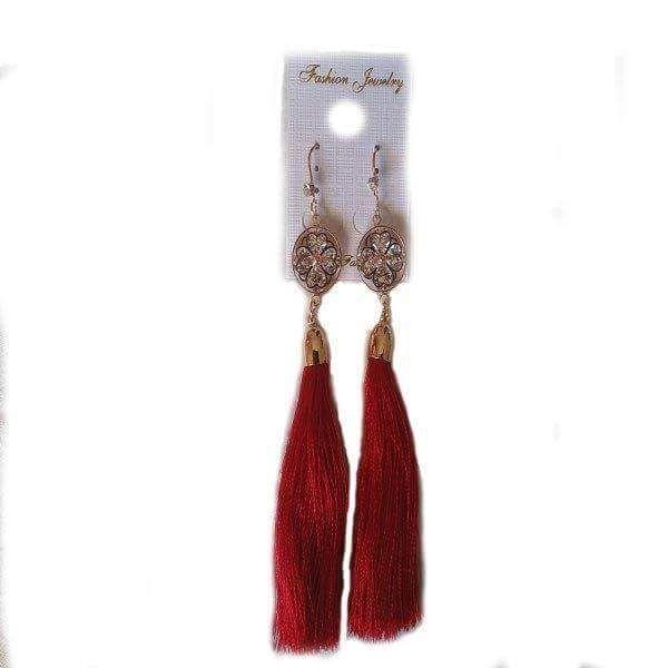 Στα must των γιορτών είναι τα σκουλαρίκια με φουντάκια!! Δεν γίνεται να μην έχετε κ εσείς!!!