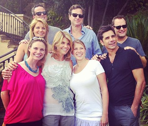 The cast of Full House reunite for the show's 25th anniversary.
