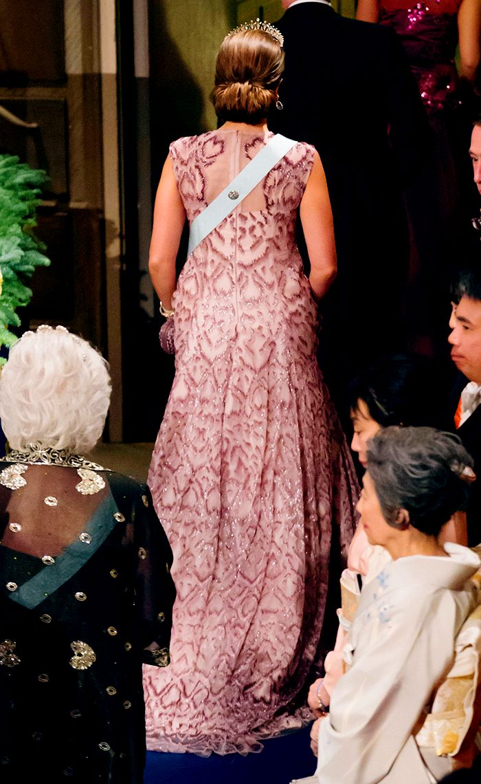 The 65 best The Modern Fringe Tiara images on Pinterest | Princess ...