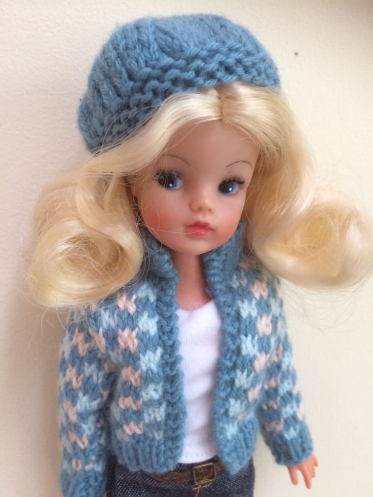 Hand knitted for Sindy