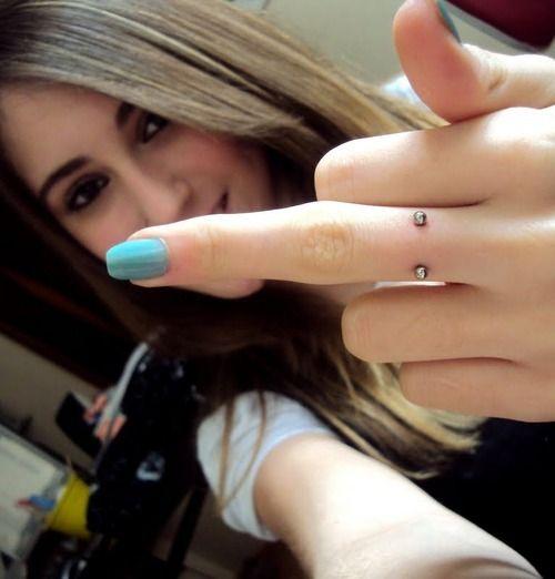 finger piercing, #piercings #bodyjewelry #body_jewelry