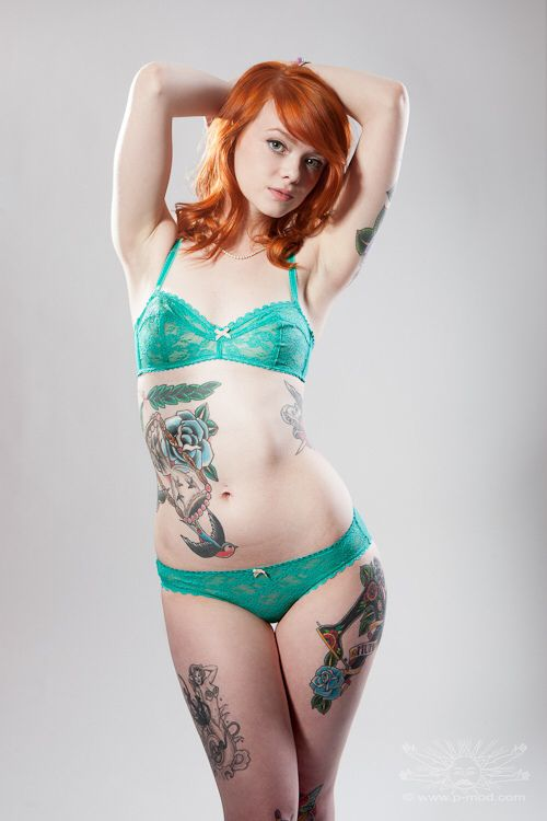 sharma-hot-red-head-tattoo-naked-gril