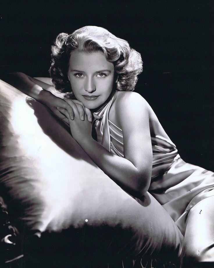 Priscilla Lane ~ by George Hurrell (1939)