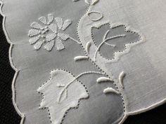 FLOWERS & LEAVES Whitework 6 Linen Cocktail Napkins Vtg Madeira Embroidery…