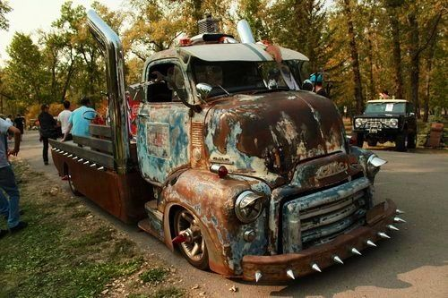 Bad Rat COE - normally these trucks are kin of ugly, until they get fixed up