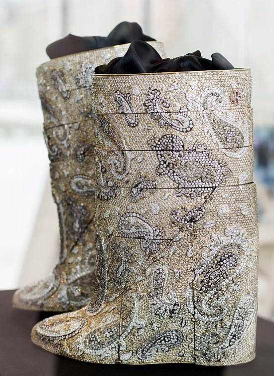 WEB LUXO - Produtos sobre Luxo: Belgas lançam botas com diamantes que custa US $ 3,1 milhões