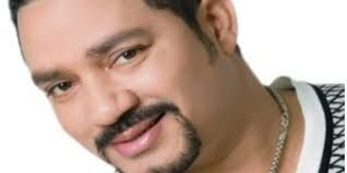 Frank Reyes estrena DVD con 11 musicales