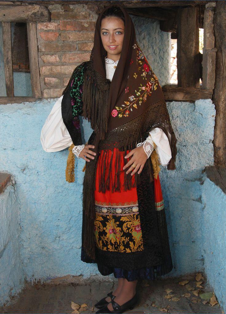 Costume de Tonara