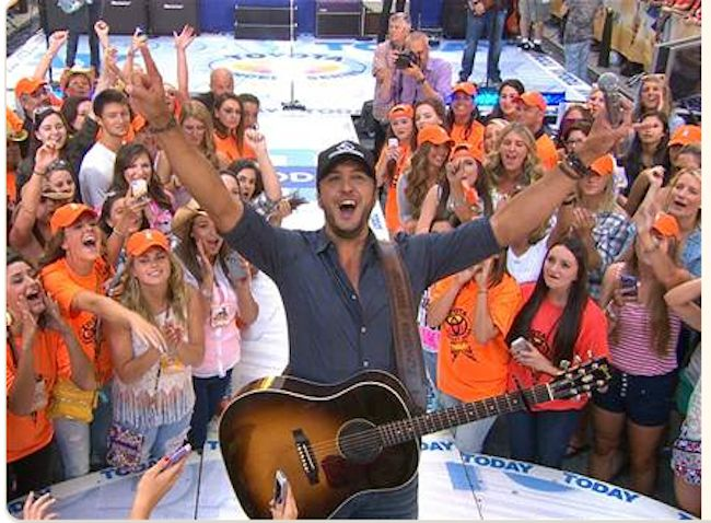 Luke Bryan on the Today Show~ Took my daughter here for her birthday! What a blast......