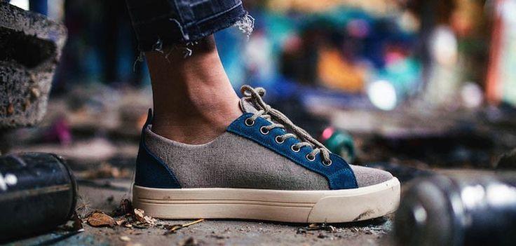 Pompeii: las #zapatillas que arrasan en las redes - Cuatro universitarios, amigos desde la infancia y con espíritu emprendedor se decidieron a abrir un negocio. Hartos de marcas de camisetas y sudaderas vieron un hueco en el mercado y allá que se metieron.