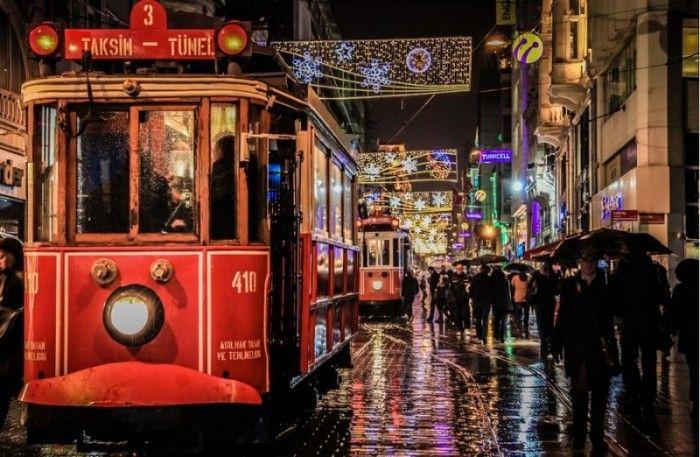 Taksim Tram by National Geopgraphic. #Taksim #National #Geographic #Istanbul | Το τραμ της Νοσταλγίας