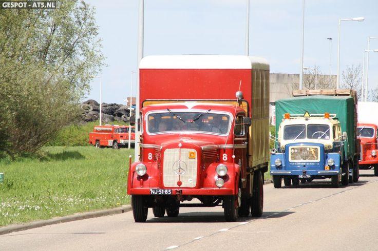 Oude vrachtwagens. Jaren 60.