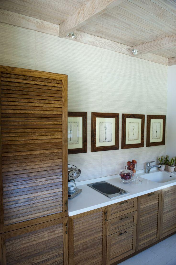 pool house, kitchen / Glyfada - Greece / interior designer Sissy Raptopoulou